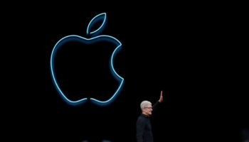 How These 2 Apple's Weakness & Threat Might Grab Them ByThe…